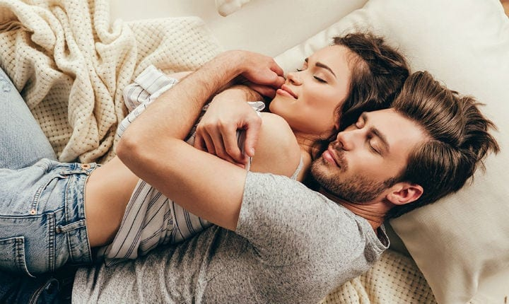 5 Interesting Facts about Love we probably took note of (Part 1): Cuddle-rapy