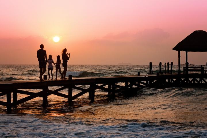 Tips for Vacationing With Other Families
