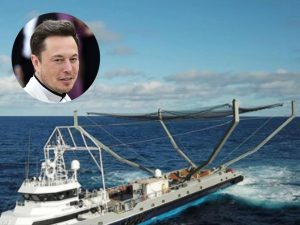 Elon Musk's Mr. Steven yacht is designed to catch particles that break off of SpaceX rockets