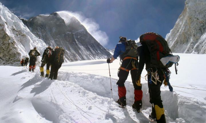 The growing issue of overcrowding on Mt. Everest
