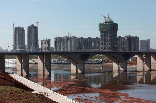 Kangbashi-New-District-of Ordos City-Inner-Mongolia-China-abandoned-ghost-cities