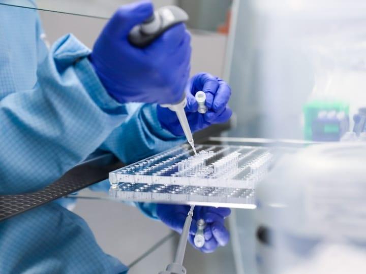 A worker in a lab at Nearmedic Pharma's integrated works manufacturing reagents for forensic DNA fingerprinting and relationship testing at the Obninsk industrial park. The new products are to be used for forensic DNA fingerprinting in criminal investigations and DNA paternity testing, as well as in medical and genealogical research. In Russia, the major consumers of DNA analysis reagents are the Interior Ministry, the Investigative Committee, the Healthcare Ministry, the Federal Security Service (FSB), the Defence Ministry, and forensic laboratories.