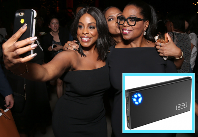 oprah takes a picture with fan, oprah's favorite things, INIU Portable Charger, 10000mAh Power Bank