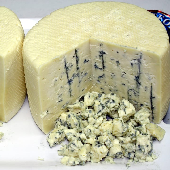 crumbly blue cheese