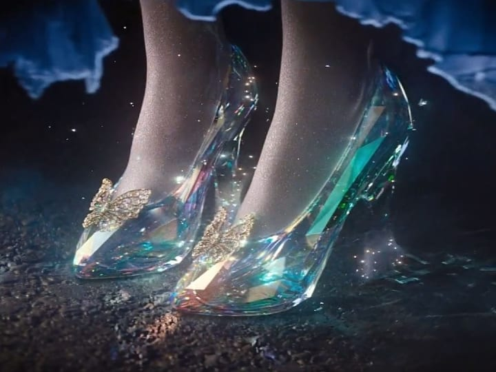 Glass slippers, plot hole, Cinderella