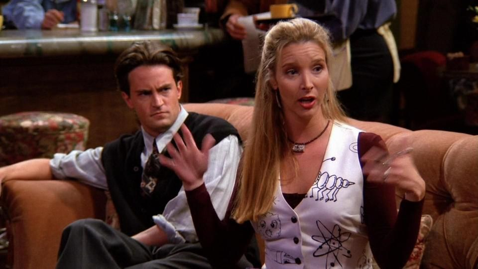 fun fats about friends, chandler and phobe were supposed to be supporting characters